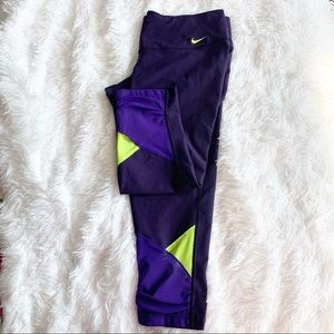 Nike Dri-Fit cropped legging in size large